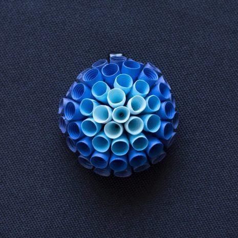 Blue-gradient-anemone-pendant-front