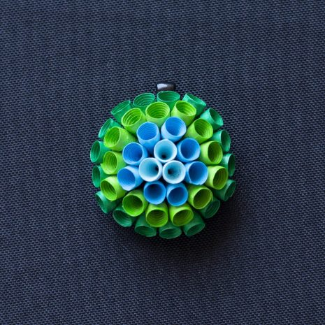 Blue-green-gradient-anemone-pendant-front