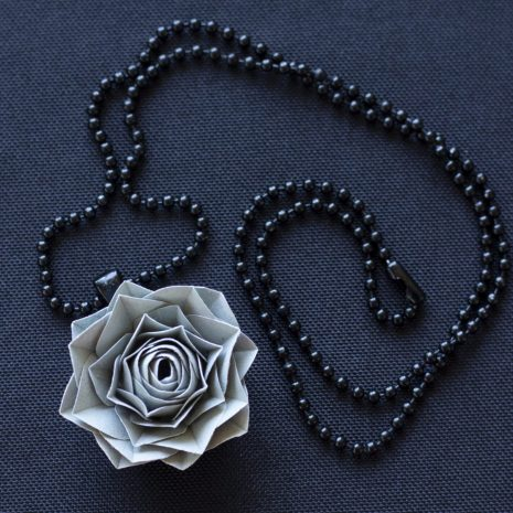 Grey-kirigami-rose-pendant-chain