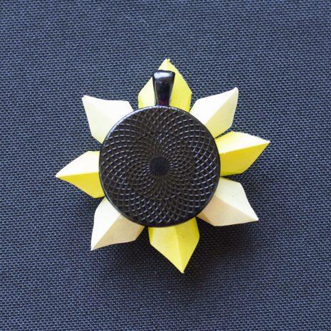 Light-bright-yellow-kirigami-pinwheel-pendant-back
