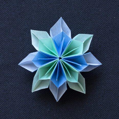 Mint-blue-kirigami-pinwheel-pendant-front