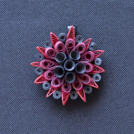 Red-black-quilled-mandala-pendant-front