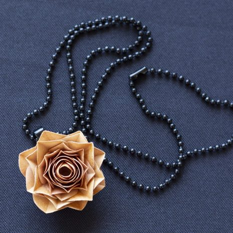 Rust-kirigami-rose-pendant-chain