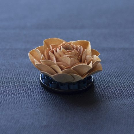 Rust-kirigami-rose-pendant-side